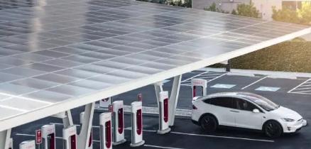 特斯拉V3超充站亮相拉斯维加斯 采用太阳能电池板储能