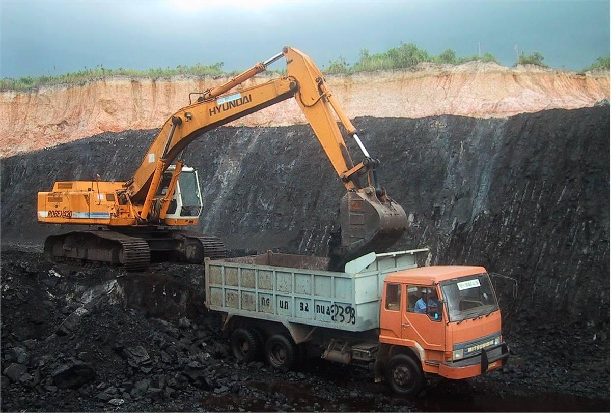 全国规模以上煤炭开采和洗选业实现利润1110.6亿元