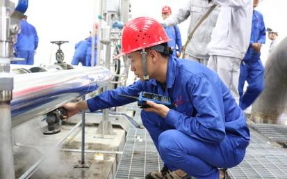 内蒙古荣信化工40万吨/年煤制乙二醇项目10月投料试车