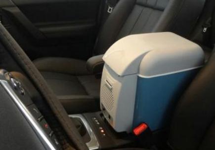 车载冰箱哪个牌子好?车载冰箱的危害与安装位置