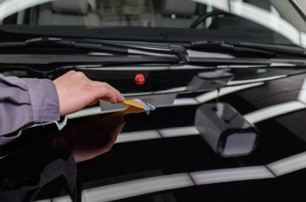 汽车抛光的好处、缺点、注意事项,汽车抛光对车漆有影响吗?