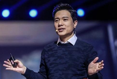 李彦宏给AI落地发展提三点建议:充分利用开源开放平台