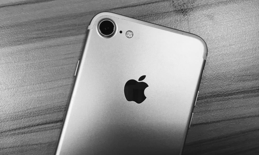 苹果和富士康证实郑州工厂违反劳动法,临时工人数超过10%