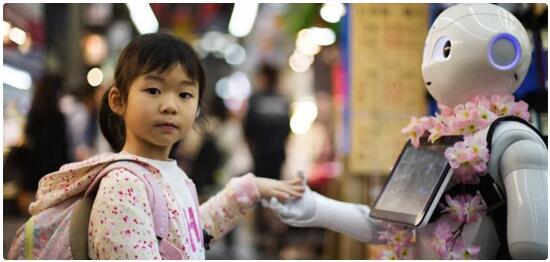 教育机器人学术研究成果、产业现状及趋势以及教育应用情况