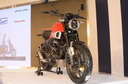 ?新大洲本田CBF 190TR摩托車測評(2019年新品)