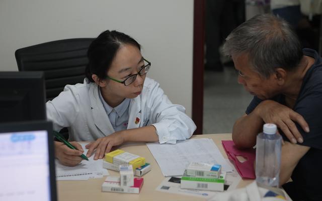 北京市22家市属三甲医院全面开设药学门诊,提供专业的药学咨询服务