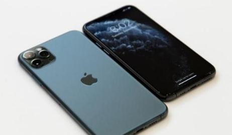 iPhone 11首日预售销量翻四倍, 5G基础架构和芯片尚待成熟
