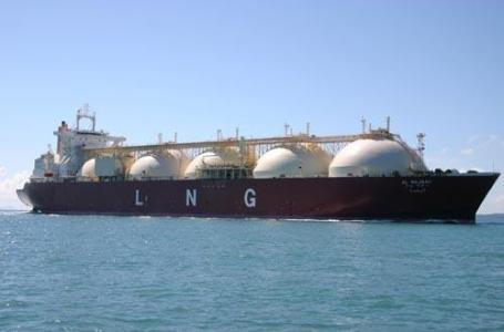 中俄特大型能源合作项目首船亚马尔液化天然气运抵中国