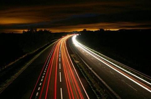 物流行业:融合区块链 公路运输加速前进