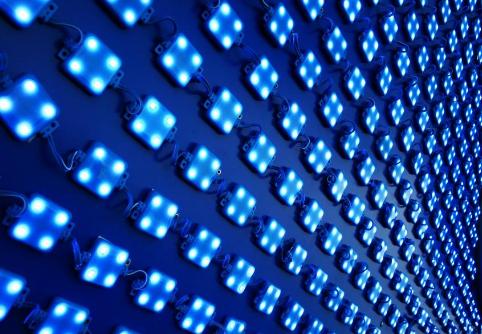 安防市场需求火热 LED显示屏企业该怎么打?