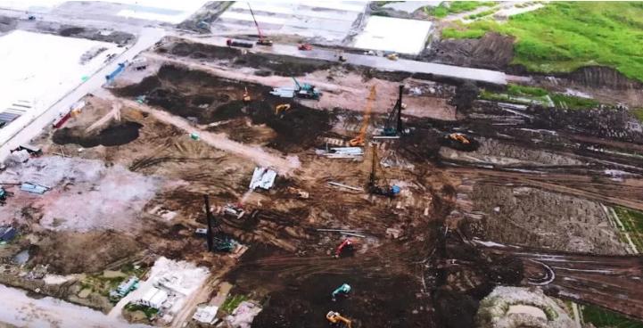 特斯拉已经在扩建上海工厂 为生产电池做准备