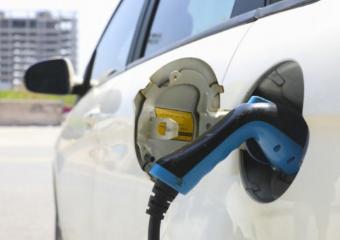 德国政府计划到2030年将修建100万个充电桩,以实施气候保护计划