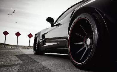 汽车厂商和4S店展开促销活动,车市的走势预判存在分歧