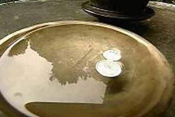 表面活性劑降低表面張力的原理