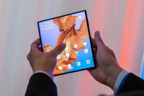 ?华为最快于10月底上市折叠屏手机Mate X,售价万元起步