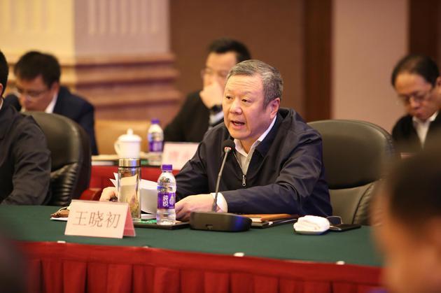 www.色情帝国2017.com联通董事长王晓初:移动网络流量平均资费五年降幅超过95%