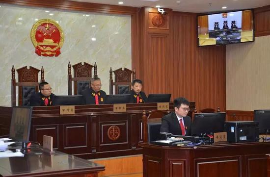 贵州食药监局原局长董穗生受贿被判有期徒刑十三年