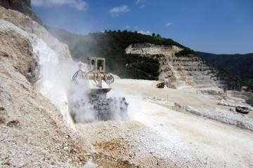 我国露天采矿现状、存在问题、发展对策