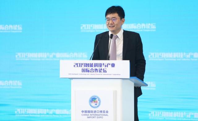 猎豹移动CEO傅盛:智能机器人是实体经济革命的里程碑