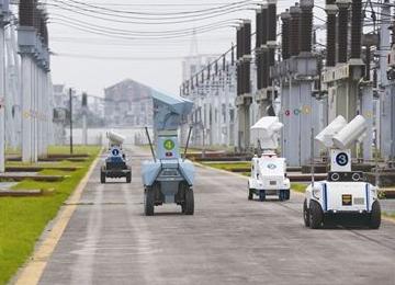 """智能巡检机器人现身高压变电站""""上班"""",有望实现变电站24小时监控"""
