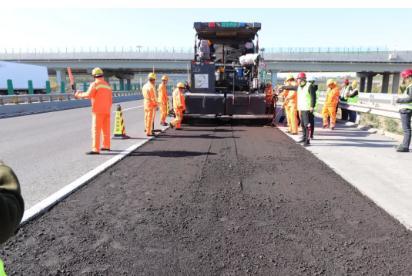 """蔗渣纤维沥青路面技术成功应用,冷再生拌合机让废旧沥青100%重新""""上岗"""""""