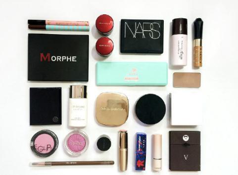 中国彩妆市场规模增速远超全球,国产彩妆产品崛起