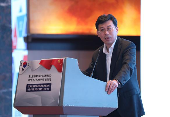 中国电动汽车百人会张永伟:中国自动驾驶技术动向及产业化展望