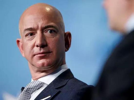 亚马逊抗议美国防部把100亿美元云计算合同给予微软