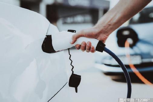 """?造车新势力竞争加速,困境下开启""""自救""""模式"""
