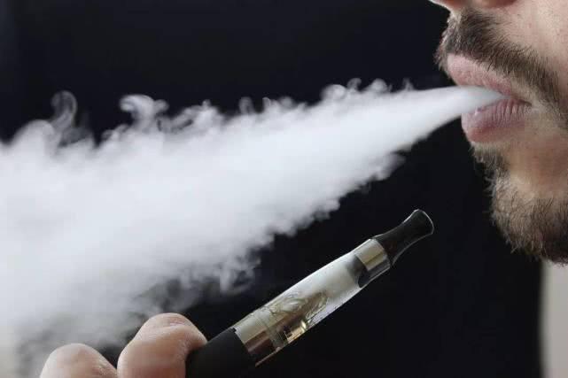 菲律宾总统宣布停止进口电子烟,并逮捕在公共场所吸电子烟的用户