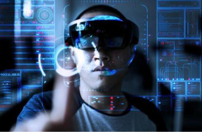 """大数据深加工人机融合,人工智能更""""聪明"""""""