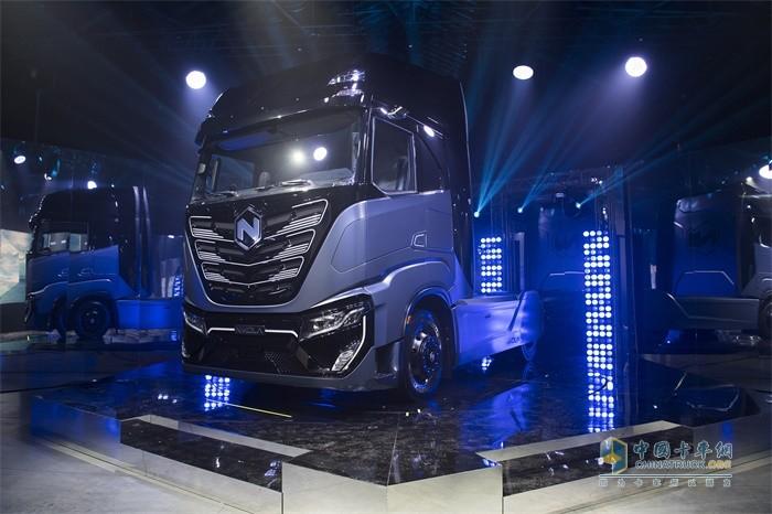 依维柯、菲亚特与Nikola联合发布首款电池电动卡车Nikola TRE