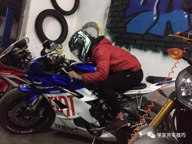 交警为什么喜欢缴电动车摩托车?