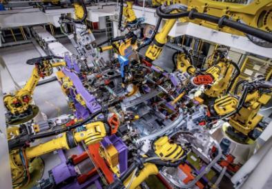 汽车工厂机器人多,自动化率高质量就高?