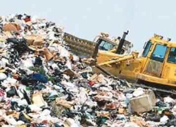 我国快递包装垃圾回收率不足20%,谁为环境污染之痛负责?