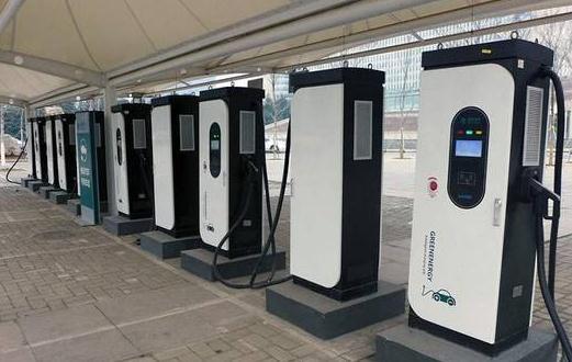 北京市公用充电桩数量达4.3万个,社会公用充电设施建设、利用率有所提升