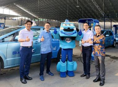 比亞迪200臺T3電動車助力印度尼西亞公共交通電動化