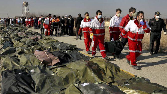 伊朗拒绝交出失事飞机黑匣子,176人全部遇难