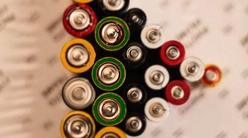 石墨烯电池是锂电池吗?未来取代锂电池的技术有哪些