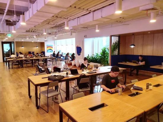 共享办公WeWork价值470亿美元,降到了80亿,上市取消