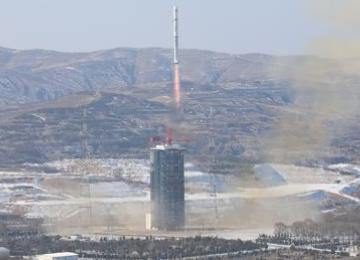 天琴一号卫星已成功完成无拖曳控制飞行验证