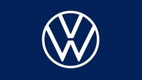 德国40万名车主集体起诉大众,因排放门问题赔偿8.3亿欧元