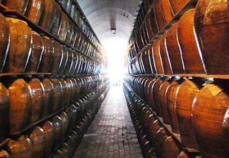白酒企业复工方案:严格控制复工人数,贵州茅台、汾酒等均分批次复产