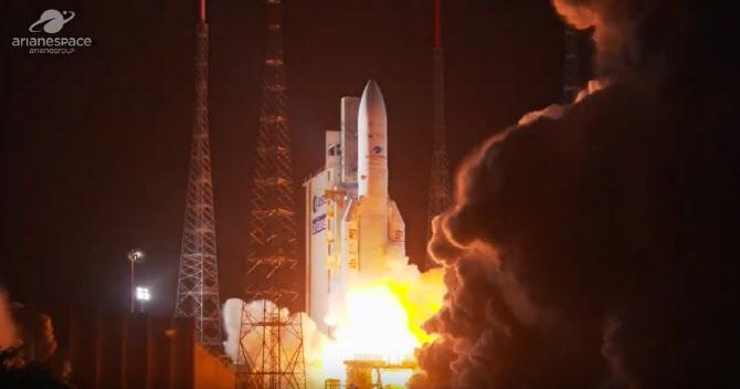 """韩国发射环境卫星""""千里眼2B""""号,收集雾霾和赤潮等数据"""