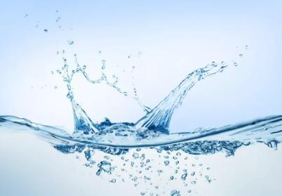 疫情期间饮用水安全问题探讨:到底喝什么水最健康