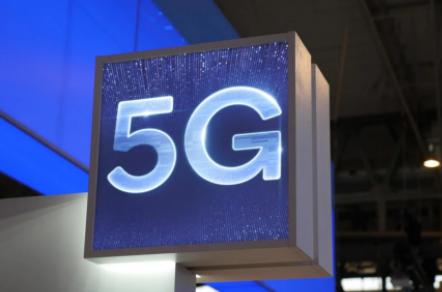 中国移动371亿元采购23万5G基站:华为、中兴中标超300亿元