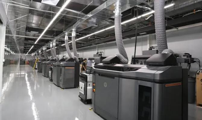 惠普开放海量3D打印设计文件,攻克取样签与呼吸机配件的生产难题