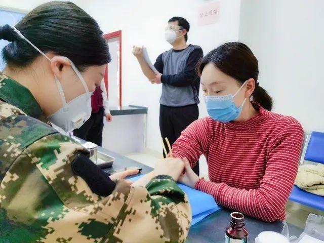 首位新冠疫苗试验女性志愿者靳官萍结束14天医学观察,一切正常!
