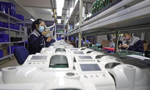 """呼吸机成了""""救命机"""",获得了20,000多个海外订单,生产能力占全球总量20%"""