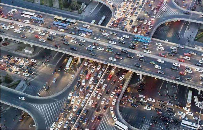 ?2020年3月我國汽車銷量143萬輛,同比下降43.3%,車市已明顯回暖